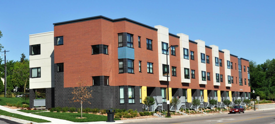 size_550x415_Gateway Lofts exterior